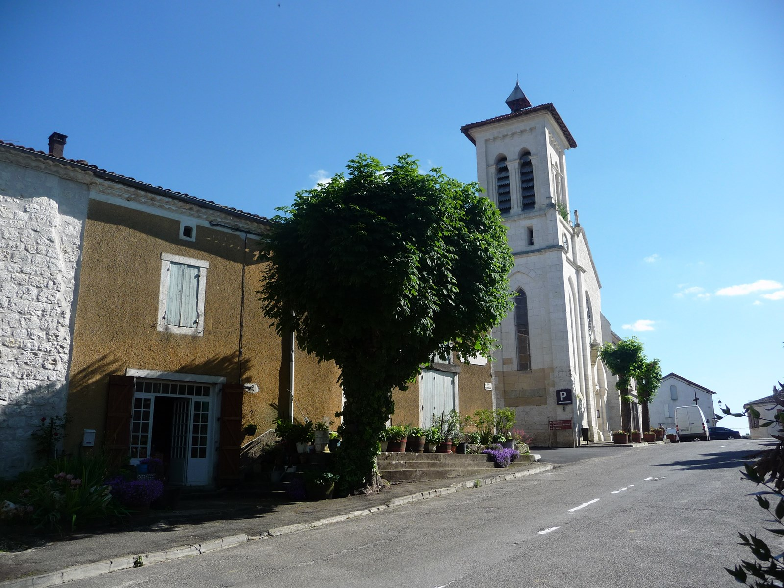 Roquecor église