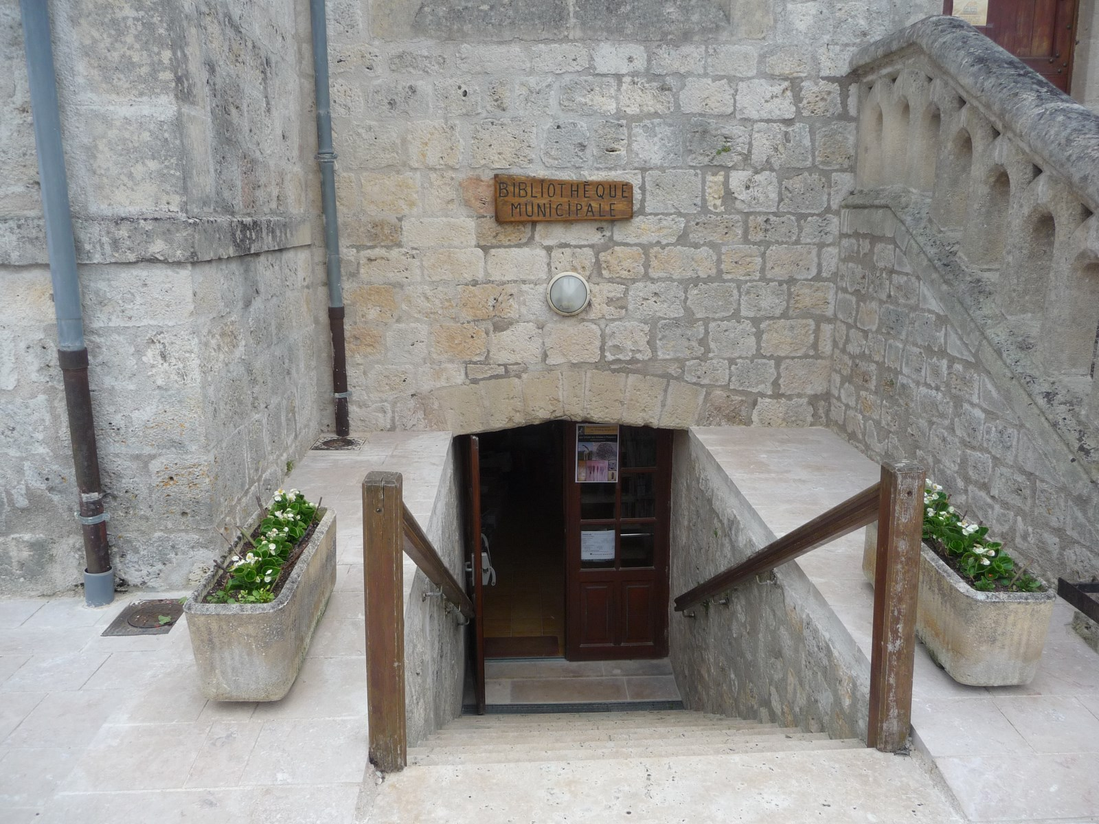 Roquecor bibliothèque municipale